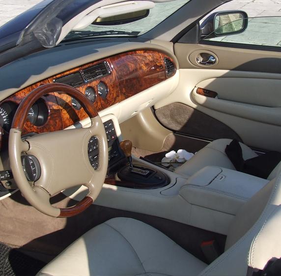 Nolegio Jaguar per eventi e giornate - Interni