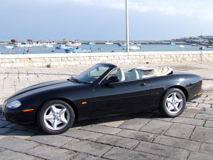 Nolegio Jaguar per eventi e giornate