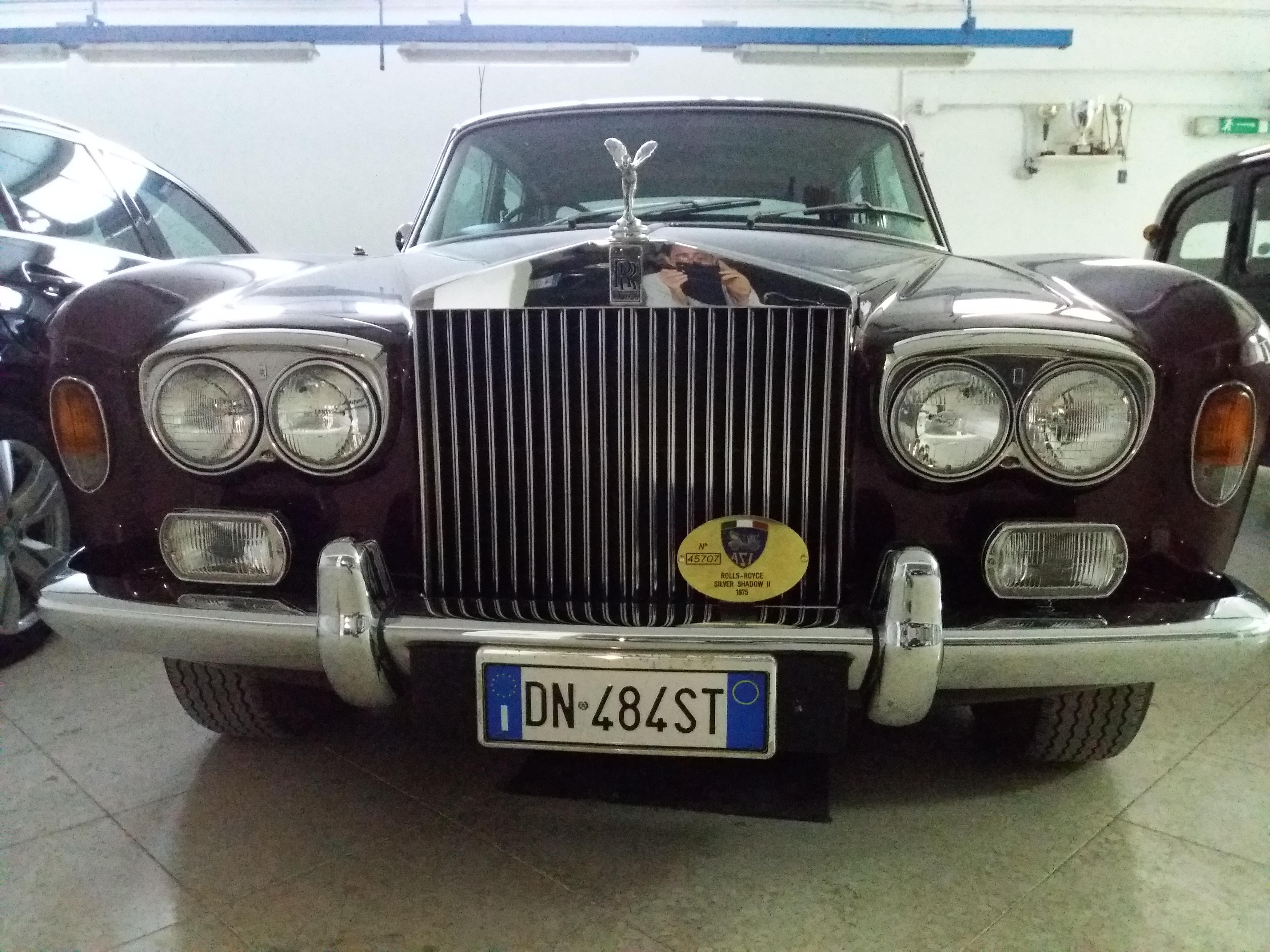 Noleggio Rolls Royce Silver Shadow per giornate ed eventi