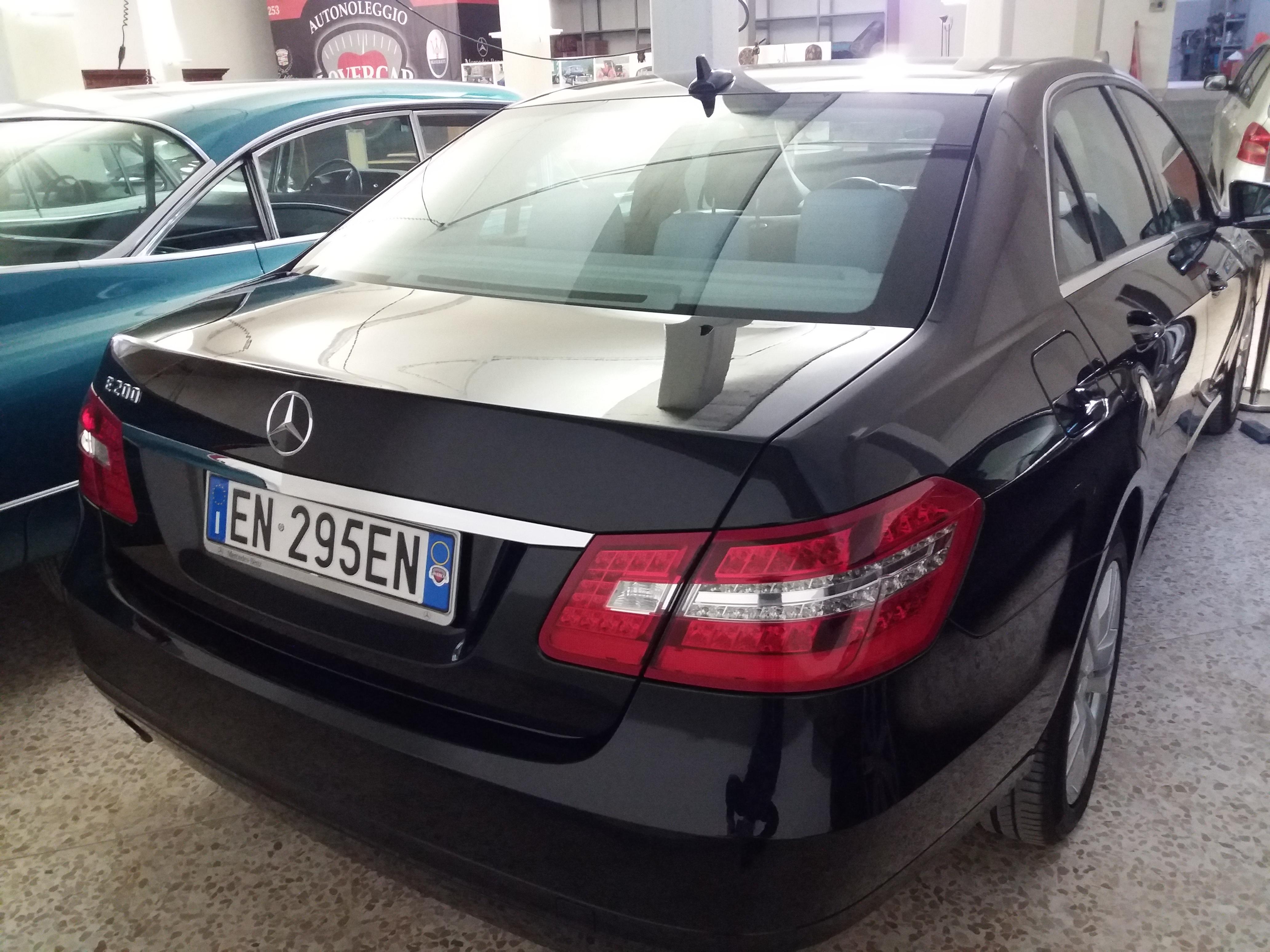 Noleggio Mercedes - foto retro
